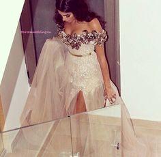 Gece elbisesi- davet- dugun - nisan- soz- abiye- sade şık- chic night dress- engagement- bridal- bride- bridemaids- tule