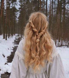 Hair Inspo, Hair Inspiration, Fantasy Magic, Princess Aesthetic, Aesthetic Hair, Pretty Hairstyles, Saree Hairstyles, Female Hairstyles, Hairstyles 2018