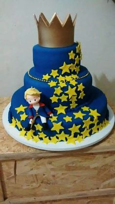 Decoracion de cumpleaños El Principito The Little Prince Theme, Little Prince Party, Prince Birthday Party, Birthday Cake, Rodjendanske Torte, Prince Cake, Cakes For Boys, Baby Party, Cake Designs