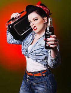 rockabilly coca cola vintage radio pin up red lips denim double . Coca Cola Ad, Always Coca Cola, Pepsi, Coke, Rockabilly Kids, Rockabilly Fashion, Retro Fashion, Retro Pin Up, Retro Style