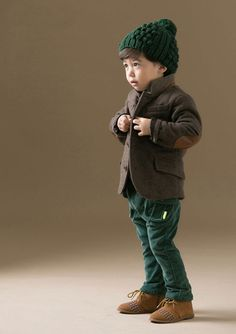 Green chic #kidsfashion #moda #modainfantil #baby #boys