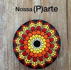 Mandala Rocks, Mandala Art, Rock Design, Crochet Handbags, Mandala Pattern, Dot Painting, Rock Art, Painted Rocks, Painted Furniture