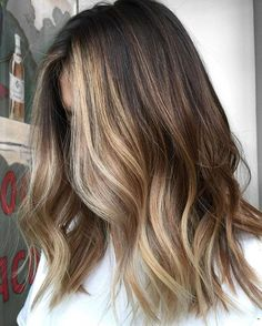 Brunette Balayage & Hair Highlights : Painted heavy high slants to create a powerful distinction of light to contour a Medium Hair Styles, Short Hair Styles, Hair Medium, Hair Color Dark, Summer Hair Colour, Dark Fall Hair, Beach Hair Color, Golden Hair Color, Hair 2018