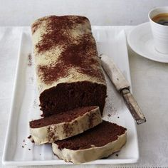 Schoko-Kirsch-Kuchen mit Baileys-Glasur Rezept | LECKER Cheesecakes, Paleo Dessert, Dessert Recipes, German Baking, Chocolate Cherry Cake, Cake & Co, Sweets Cake, Cakes And More, Yummy Cakes