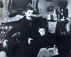 Krúdy Gyula 1906-ban első fiával, Gyulával Homeland, Hungary, Budapest, Literature, Writer, Retro, Film, Concert, Celebrities