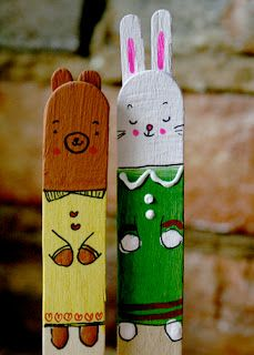 Popsicle Pets! Your kids have had a lot of popsicles this vacation...how about saving a few sticks to make popsicle pets?! Use them as bookmarks  or add them to your home gardens! Follow this easy peasy tutorial!