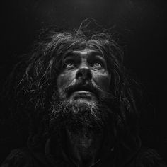 PORTRAITS OF THE HOMELESS Lee Jeffries lives in... |