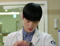Blood Korean drama Blood Korean Drama, Hospital Doctor, Doctors, Dramas, Medical, Artists, Medicine, Med School, Drama