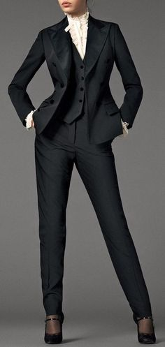 While a tad formal for my office (we are business casual, not business formal), I love the structure/fitted look of this suit. I like the look of a fitted vest over a crisp white button-blouse. Office Fashion, Work Fashion, Classic Fashion, Fashion 2020, Gothic Fashion, Fashion Clothes, Street Fashion, Retro Fashion, Fashion Design