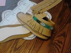 Moccasin Pattern-Size 5 6 7 8 9 10 and sent by Laindias Beaded Moccasins, Moccasins Mens, Diy Leather Moccasins, Moccasins Pattern, Leather Shoes, Brown Leather, Shoe Pattern, Handmade Beaded Jewelry, Sewing Tutorials