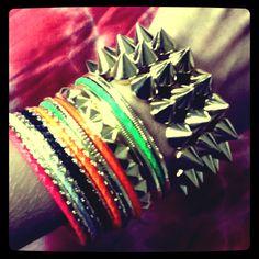 Fluor  New Arrivals! Bangles, Bracelets, Jewelry, Fashion, Bangle Bracelets, Accessories, Moda, Jewlery, Jewerly