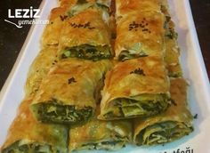 Crispy Pastry with Floury Vinegar and Spinach - My Delicious Food Food Design, Turkish Recipes, Ethnic Recipes, Turkish Kitchen, Iftar, Easy Snacks, Food Presentation, Great Recipes, Food And Drink