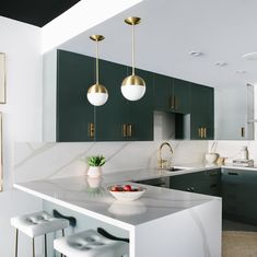 5 Surprising Useful Ideas: Kitchen Remodel Tips How To Paint kitchen remodel cost crown moldings.Affordable Kitchen Remodel Style tiny kitchen remodel back splashes. Küchen Design, Layout Design, Graphic Design, Interior Design Kitchen, Kitchen Decor, Condo Kitchen, Compact Kitchen, Ikea Kitchen, Bathroom Interior