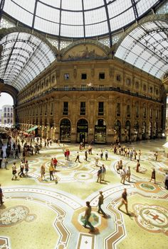 Have you visited Galleria Vittorio Emanuele in Milan, #Italy?