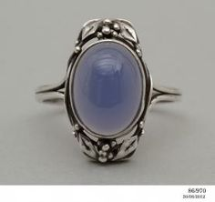 86/970 Ring, silver & chalcedony made and designed by Rhoda Wager, Australia, c. 1938 - Powerhouse Museum Collection