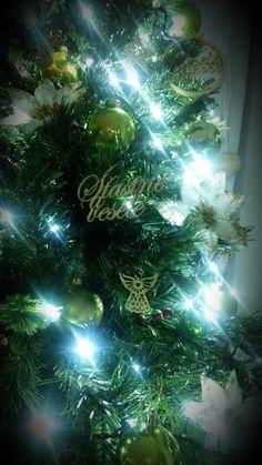 Fotoblog užívateľky milenass | Modrastrecha.sk Christmas Tree, Holiday Decor, Home Decor, Teal Christmas Tree, Decoration Home, Room Decor, Xmas Trees, Christmas Trees, Home Interior Design