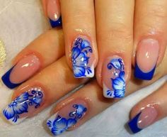 #nails #french #blue #flowers