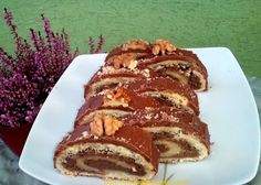 Tortafüggő Marisz: Zserbó tekercs Tiramisu, Pancakes, Cukor, Breakfast, Ethnic Recipes, Food, Morning Coffee, Meal, Crepes