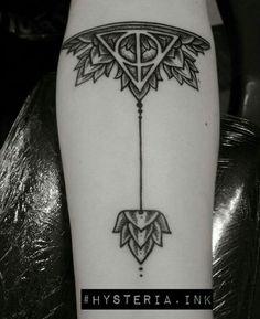 Deathly Hallows Tattoo #lovemytattoo #hysteria.ink