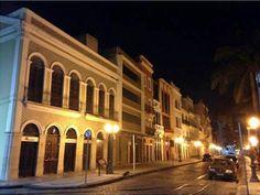 Brasil. PE. Recife. Rua do Bom Jesus. Ago2014-noite. Foto: Lucyana Mendonça.