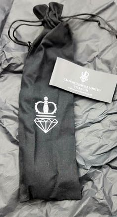 Dildo Review: Farringdon from Crowned Jewels
