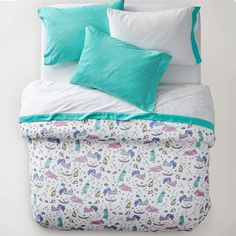 PB Teen Unique Unicorn Flannel Duvet Cover, Twin, Multi ($59) ❤ liked on Polyvore featuring home, bed & bath, bedding, duvet covers, unicorn duvet, pbteen, twin duvet, unicorn bedding and flannel bedding