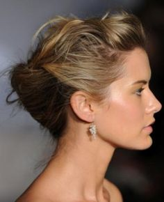 Replay: Examples of Bridal Hairstyles