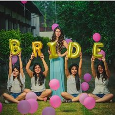 Ladies a pre-wedding shoot with your Best friend is THE new wedding trend! Well here's our pick of our fav bridesmaids photoshoot ideas to help you out! Pre Wedding Poses, Pre Wedding Shoot Ideas, Creative Wedding Ideas, Funny Wedding Poses, Indian Wedding Photography Poses, Bride Photography, Indian Wedding Poses, Indian Wedding Ceremony, Wedding Stage