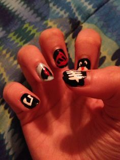 My old five seconds of summer nails for the one direction concert Five Seconds, 5 Seconds Of Summer, 5sos Nails, My Nails, Band Nails, Summer Gel Nails, One Direction Concert, Crazy Nails, Gel Nail Designs