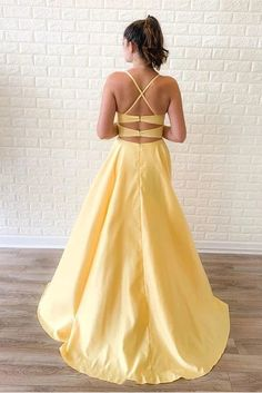 Criss Cross A-Line Yellow Long Prom Dress with Slit, Unique Design Sim – Sposa. - - Criss Cross A-Line Yellow Long Prom Dress with Slit, Unique Design Sim – SposaBridal Source by SposaBridalShop Yellow Formal Dress, Yellow Evening Dresses, Strapless Dress Formal, Formal Dresses, Elegant Dresses, Pretty Dresses, Grad Dresses, Mermaid Prom Dresses, Cheap Prom Dresses
