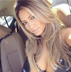I am seriously obsessed with her #JessicaBurciaga