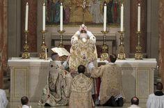 Catholic Mass | The Catholic Priesthood: Traditional Latin Mass attendance growing ...
