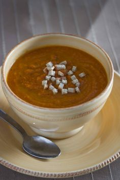 Roasted Carrot Ginger Soup - so healthy and soo delicious!