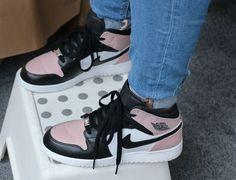 14 Meilleures Images Du Tableau Jordan Sneakers Chaussures