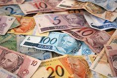 Uma pesquisa feita pela Universidade Federal Fluminense revelou que cerca de 90% das notas de real que estão em circulação apresentam traços de cocaína.