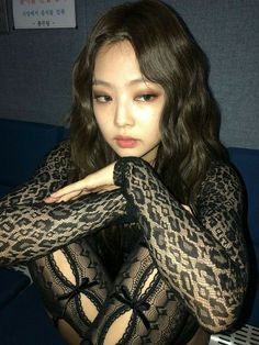 Discover recipes, home ideas, style inspiration and other ideas to try. Kim Jennie, Kpop Girl Groups, Kpop Girls, My Girl, Cool Girl, Mode Lookbook, Black Pink Kpop, Blackpink Photos, Blackpink Fashion