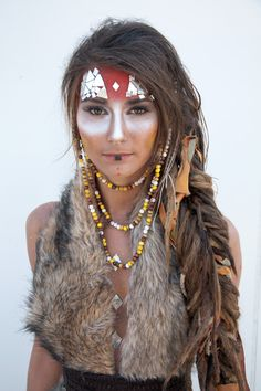 36 Amazing Photos and Looks From Burning Man Festival Burning Man Style, Burning Man 2015, Halloween Kostüm, Halloween Costumes, Diy Costumes, Tribal Makeup, Tribal Hair, Maquillage Halloween, Cosplay
