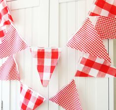 21 Fabric Flag Banner, 9 Feet Vintage Style Gingham Red Party Bunting, Wedding Garland, Pennant, Birthday Party, Photo Prop