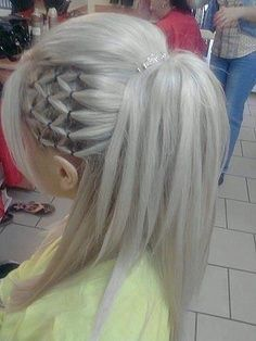 White platinum hair with side flipped hair