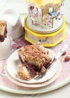 Délices D'orient: Gâteau aux noisettes, chocolat et pommes