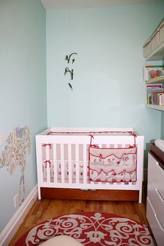 Baby Room - Turned into a walk in closet later - Upstairs
