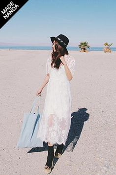 Today's Hot Pick :インナー付き総レースAラインロングワンピース http://fashionstylep.com/SFSELFAA0024069/stylenandajp/out