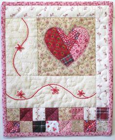 Cottage Shabby Chic Wall Quilt, cuore Applique parete trapunta, trapunta di muro, malandato Baby Nursery Decor