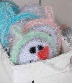 Flushing sponges NO: 4 – If there is no snow, then I crouch … - Craft Diy Crochet Faces, Knit Crochet, Drops Design, Fabric Crafts, Snowman, Diy And Crafts, Bubbles, Crochet Patterns, Barbie