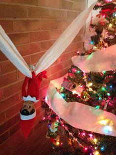 Elf On The Shelf- toliet papered tree