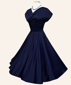 1950s style circle dress. Very flattering apparently. just don't know If I have the figure for this right now But it's cute