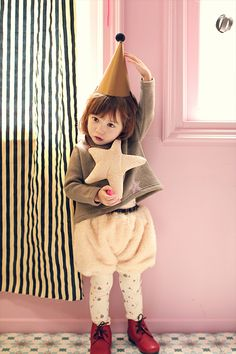 Annika Rossypipi Top (2C) Cute Outfits For Kids, Cute Kids, Cute Babies, Kids Girls, Little Girls, Baby Kids, Toddler Fashion, Kids Fashion, Amelie