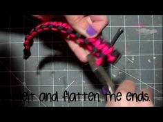How To Make A 2 Color Parachute Cord Bracelet! (Survival Bracelet)