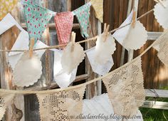 {Ella Claire}: Free Printable Bunting Flags and Tutorial