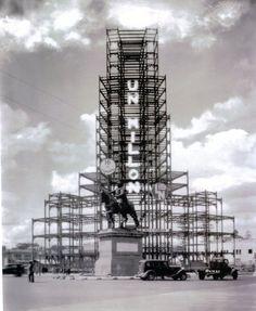 La construcion del edificio de la Loteria Nacional